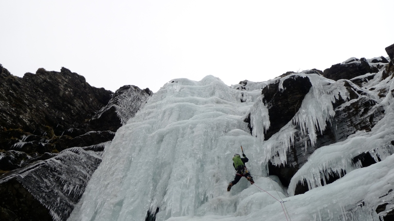 No it's not Cogne! Richard Allen leading the steep pitch on Organ Pipe Wall, Ben Udlaidh, Southern Highlands.