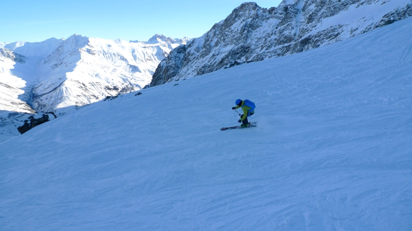 The Arc'teryx Cerium LT Hoody worked brilliantly as a midlayer in cold weather. I used mine layered under a hard shell when skiing as seen here in La Grave, France.