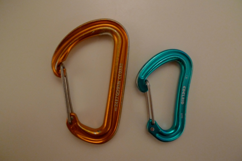 An Edelrid 19G Karabiner alongside one of my standard full size karabiners. Note the size difference!