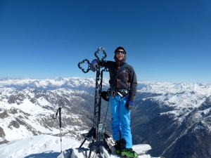 A great jacket for ski mountaineering. Here on the summit of the Bruggenhorn.