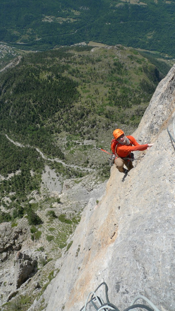I was glad of the zip neck for venting and the factor 50+ sun protection! The Arc'teryx Morphic Zip Neck Long Sleeve Top was fantastic for long rock routes like the 650m classic F7a, Rank Xerox on Tete D'Aval in the Ecrins, France.
