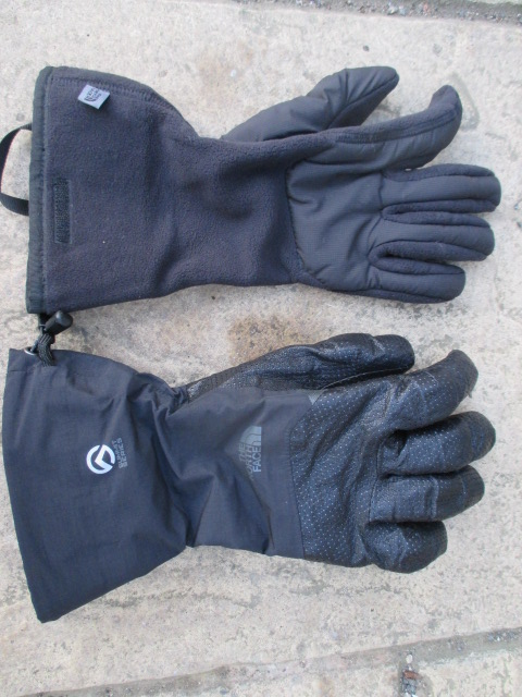 The modular system of The North Face Vengeance Gloves worked really well.