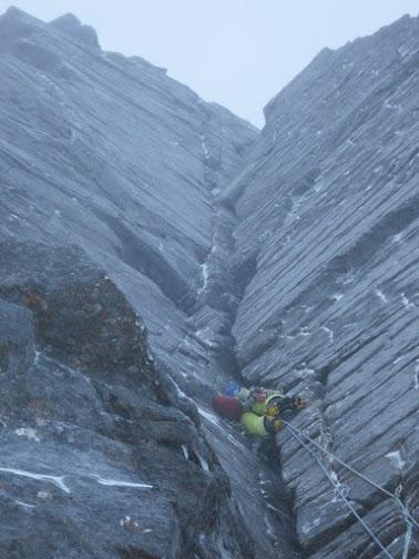 Vanir LT Pants tackling some rough Cairngorm granite.