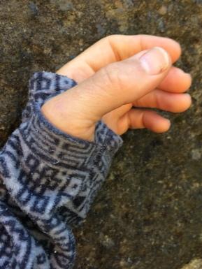 Thumb loop